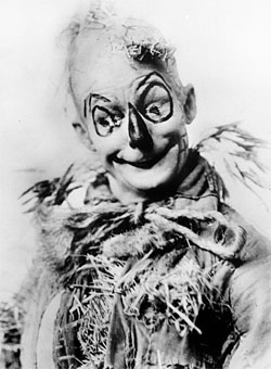 Fred Stone as the Scarecrow